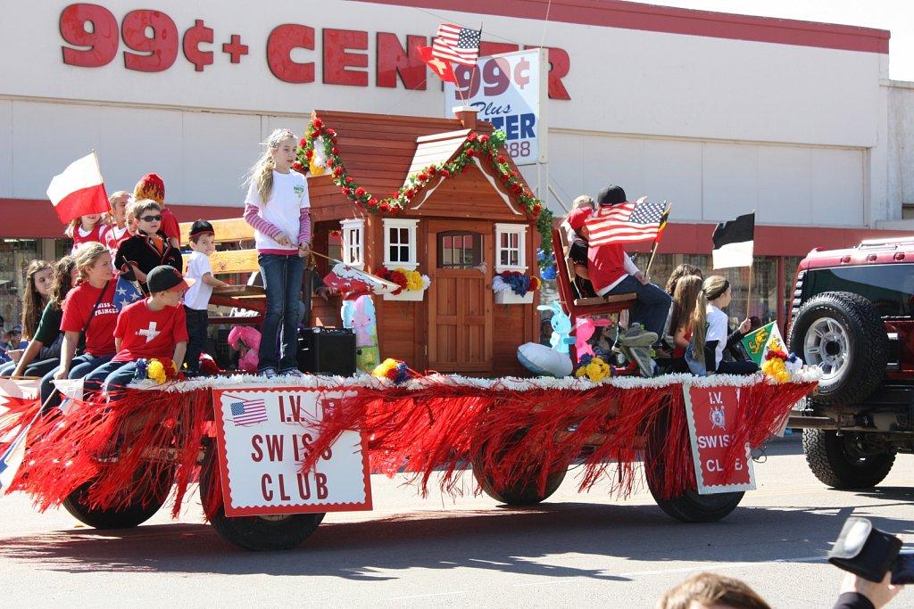 Carrot Festival Parade 2013